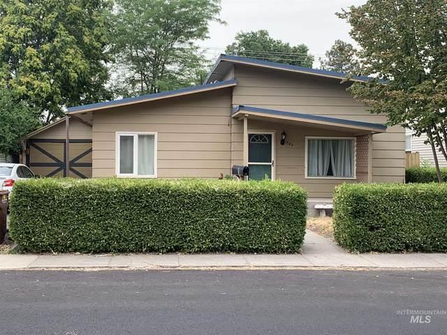 740 9th St., Clarkston, WA 99403 (MLS #98811733) :: Juniper Realty Group