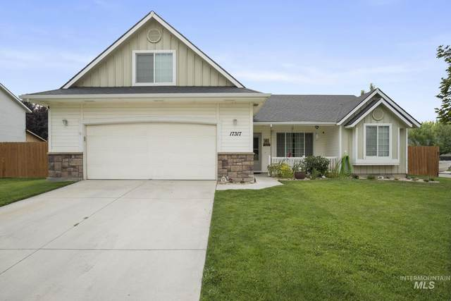 17317 N Armstead Ave, Nampa, ID 83687 (MLS #98811809) :: City of Trees Real Estate