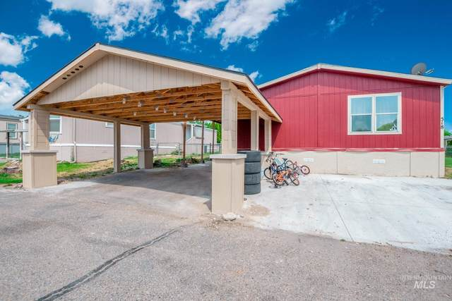 518 River Valley St, Nampa, ID 83687 (MLS #98811815) :: The Bean Team