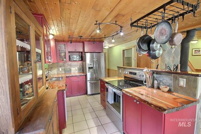 187 Singletree Lane, Donnelly, ID 83615 (MLS #98811846) :: Jeremy Orton Real Estate Group