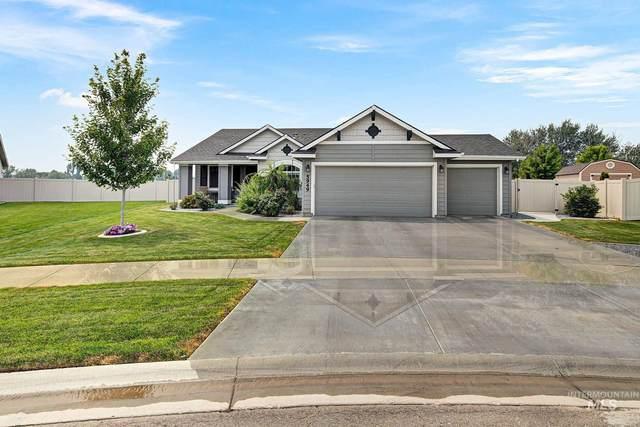 5949 W Bracken Ct, Eagle, ID 83616 (MLS #98811893) :: Story Real Estate