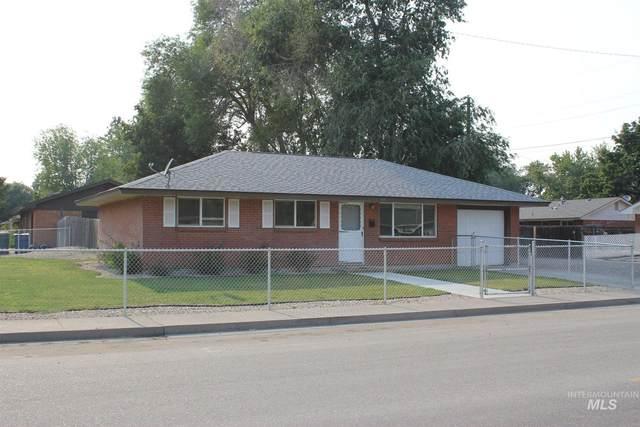 1635 N 10 E, Mountain Home, ID 83647 (MLS #98811921) :: Juniper Realty Group