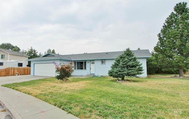 127 Goodall, Mountain Home, ID 83647 (MLS #98811961) :: Juniper Realty Group