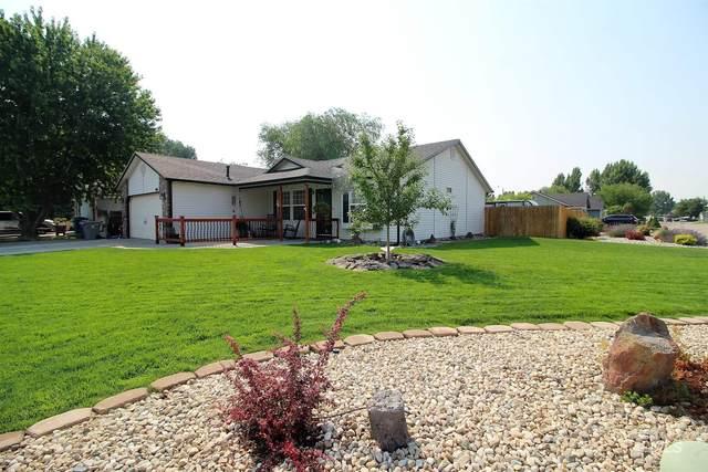 975 Pheasant Ct, Mountain Home, ID 83647 (MLS #98812056) :: Juniper Realty Group