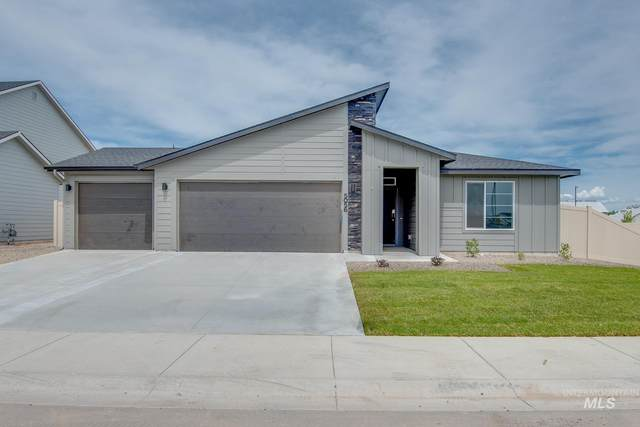 15307 Stovall Ave, Caldwell, ID 83607 (MLS #98812109) :: Juniper Realty Group