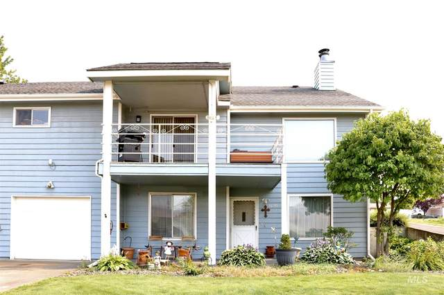 1620 18th Ave, Lewiston, ID 83501 (MLS #98812150) :: Epic Realty
