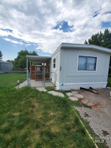 2913 3600 N #37, Twin Falls, ID 83301 (MLS #98812245) :: Team One Group Real Estate