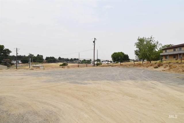 2262 Appleside Blvd, Clarkston, WA 99403 (MLS #98812251) :: Bafundi Real Estate