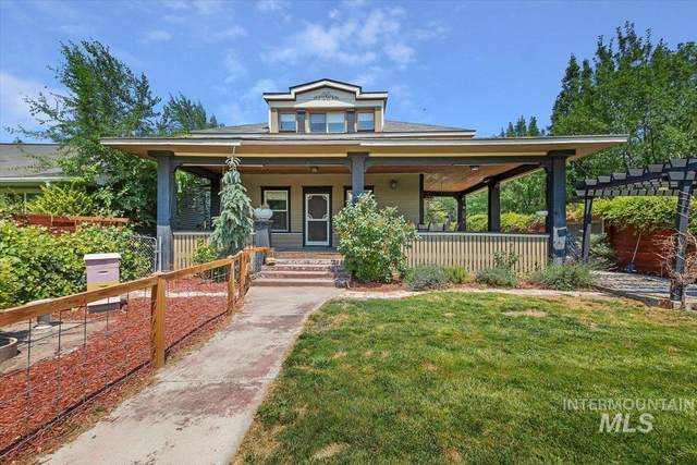 204 7th Ave N, Twin Falls, ID 83301 (MLS #98812287) :: Team One Group Real Estate