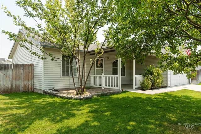 166 N Summer Breeze, Nampa, ID 83651 (MLS #98812303) :: Build Idaho