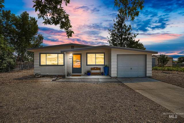 10099 W Fox Brush Dr., Boise, ID 83709 (MLS #98812319) :: Team One Group Real Estate
