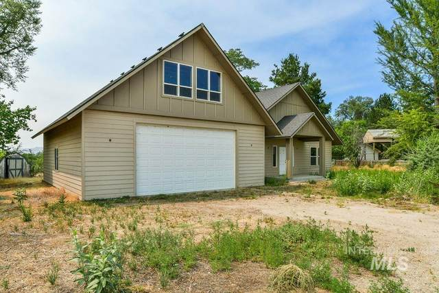 26249 Riverview Rd, Wilder, ID 83676 (MLS #98812383) :: Boise River Realty