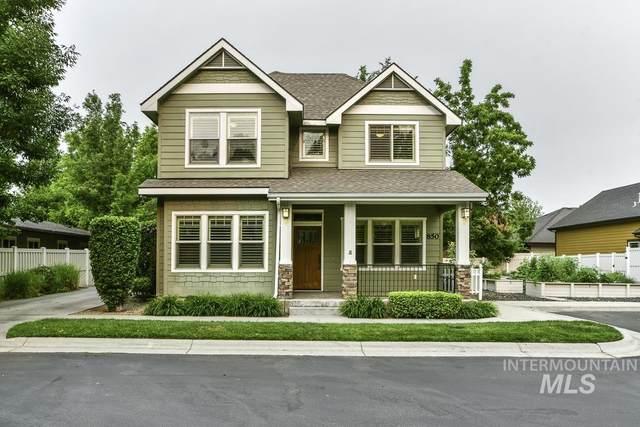 850 E Shadow Creek Lane, Eagle, ID 83616 (MLS #98812402) :: New View Team