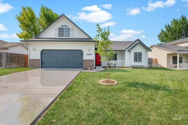 11939 Colonial Dr, Caldwell, ID 83605 (MLS #98812413) :: Navigate Real Estate