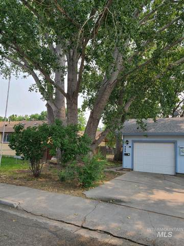 488 S 2nd E, Mountain Home, ID 83647 (MLS #98812428) :: Jon Gosche Real Estate, LLC