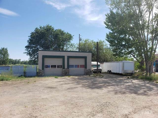 808 E Main St, Middleton, ID 83644 (MLS #98812444) :: City of Trees Real Estate
