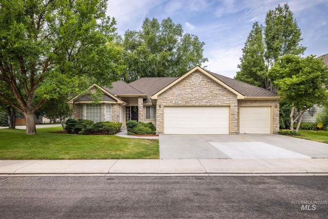1547 N Wimbledon Place, Eagle, ID 83616 (MLS #98812448) :: City of Trees Real Estate