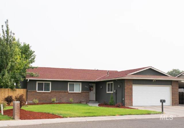 2411 SW 2nd Ave, Ontario, OR 97914 (MLS #98812477) :: The Bean Team