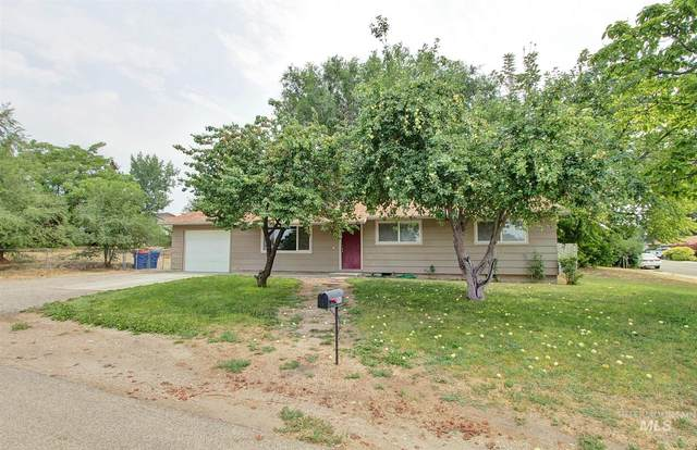7638 S Valley Heights Dr, Boise, ID 83709 (MLS #98812505) :: Full Sail Real Estate