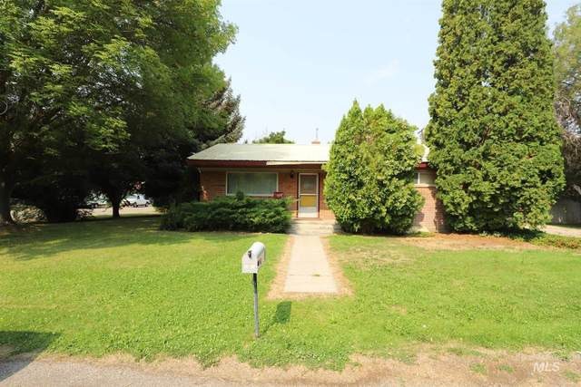 303 N Edith St., Shoshone, ID 83352 (MLS #98812520) :: Juniper Realty Group