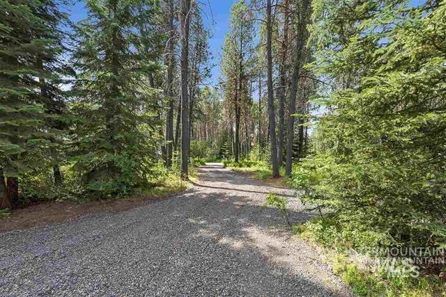 136 Buttercup Lane, Donnelly, ID 83615 (MLS #98812557) :: The Bean Team