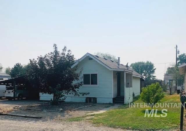 721 Utah Street, Gooding, ID 83330 (MLS #98812597) :: Build Idaho