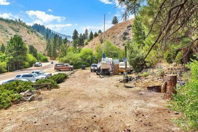 226 Robie Creek Rd, Boise, ID 83716 (MLS #98812604) :: The Bean Team