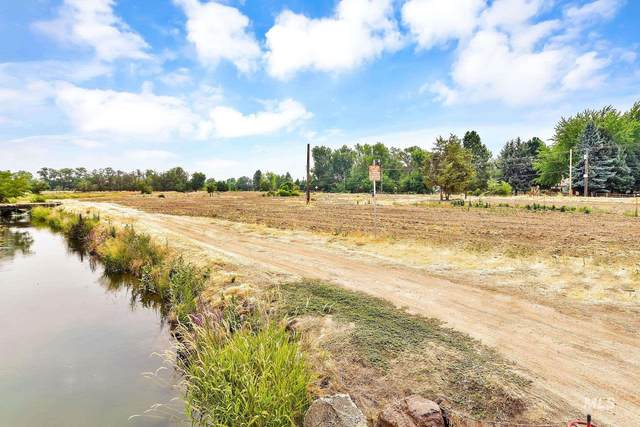 1964 W Beacon Light, Eagle, ID 83616 (MLS #98812650) :: Hessing Group Real Estate