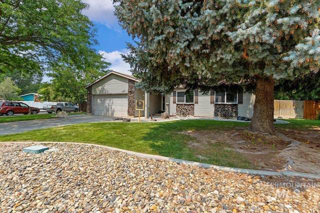 498 Ridgeway Drive, Twin Falls, ID 83301 (MLS #98812659) :: Full Sail Real Estate