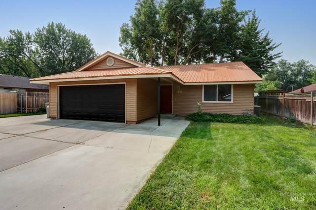 1855 W Cherry Court, Boise, ID 83705 (MLS #98812823) :: Minegar Gamble Premier Real Estate Services