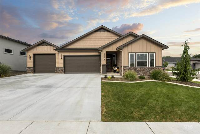 3273 S Cobble Pl, Meridian, ID 83642 (MLS #98812927) :: Epic Realty