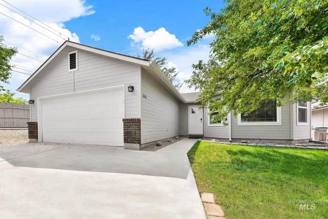 2041 E Oakridge Ct, Boise, ID 83716 (MLS #98812959) :: Silvercreek Realty Group