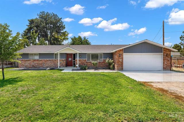 1211 Smith Avenue, Nampa, ID 83651 (MLS #98812974) :: City of Trees Real Estate