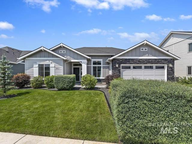 943 N Chastain Ln, Eagle, ID 83616 (MLS #98812997) :: City of Trees Real Estate