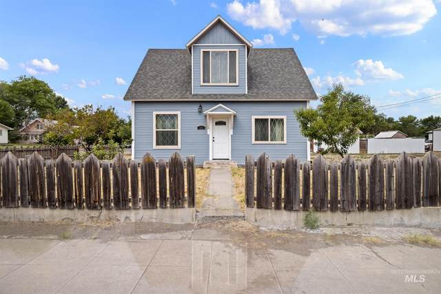 385 Commercial, Glenns Ferry, ID 83623 (MLS #98813030) :: Epic Realty