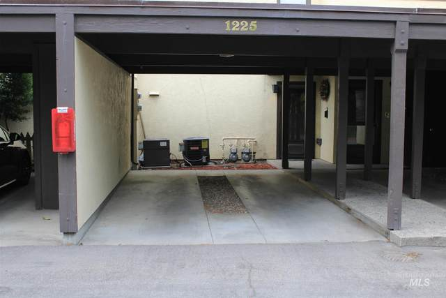 1225 Camelot Dr., Boise, ID 83704 (MLS #98813033) :: Haith Real Estate Team