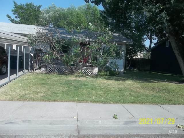 1240 N 2nd East, Mountain Home, ID 83647 (MLS #98813087) :: Juniper Realty Group