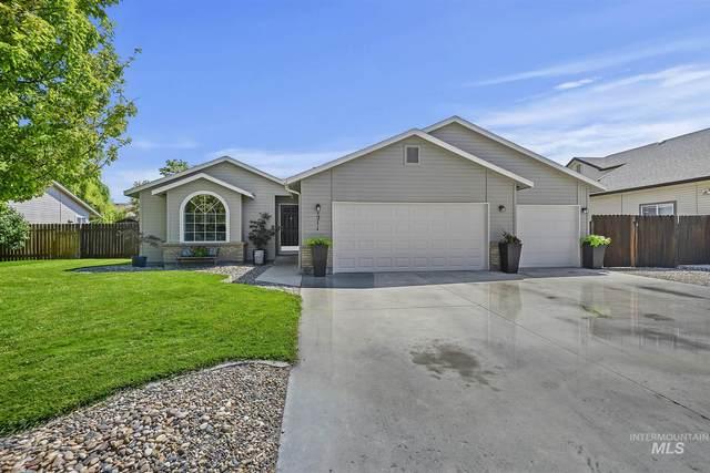 1211 W Shoshone Ave, Nampa, ID 83651 (MLS #98813117) :: Jon Gosche Real Estate, LLC