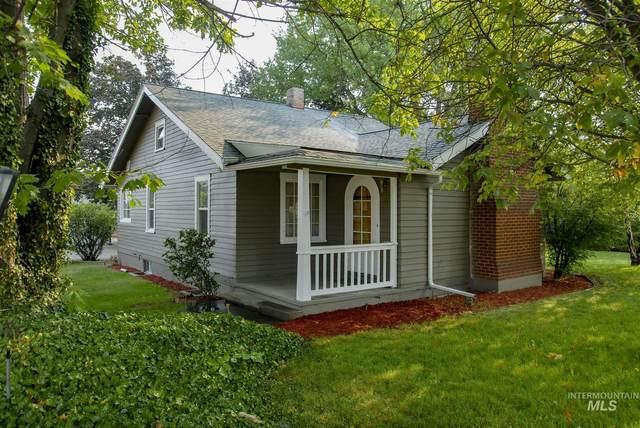 921 Bryden Ave, Lewiston, ID 83501 (MLS #98813165) :: Haith Real Estate Team