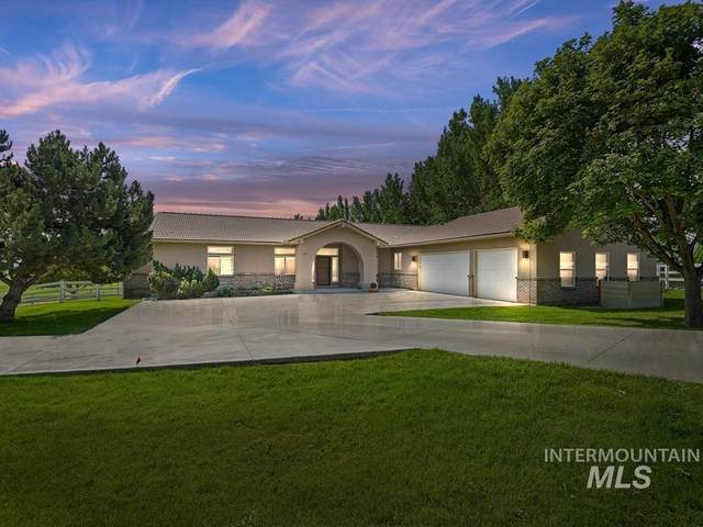 8561 Gemstone Court, Nampa, ID 83686 (MLS #98813246) :: Full Sail Real Estate