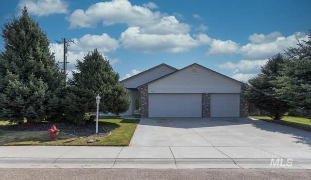 424 Pietra Way, Caldwell, ID 83605 (MLS #98813291) :: Scott Swan Real Estate Group