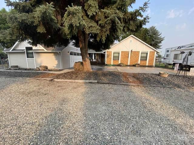 2585 Apple Dr, Emmett, ID 83617 (MLS #98813329) :: Idaho Life Real Estate