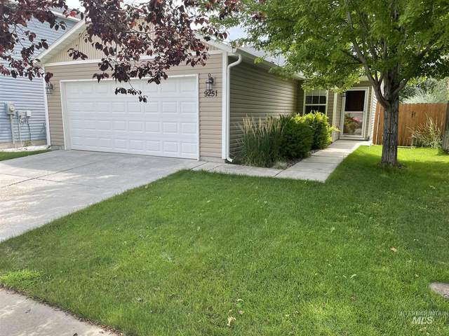 9251 S Hearthside Dr, Boise, ID 83709 (MLS #98813418) :: Full Sail Real Estate
