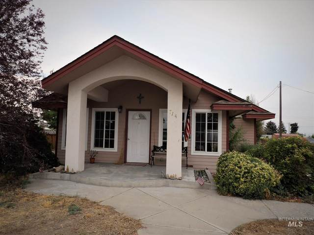 714 5th Street West, Filer, ID 83328 (MLS #98813438) :: Full Sail Real Estate