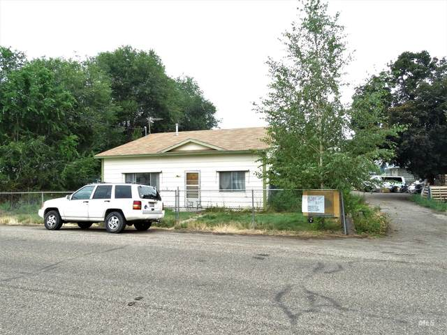 370 W 12th S, Mountain Home, ID 83647 (MLS #98813532) :: Trailhead Realty Group