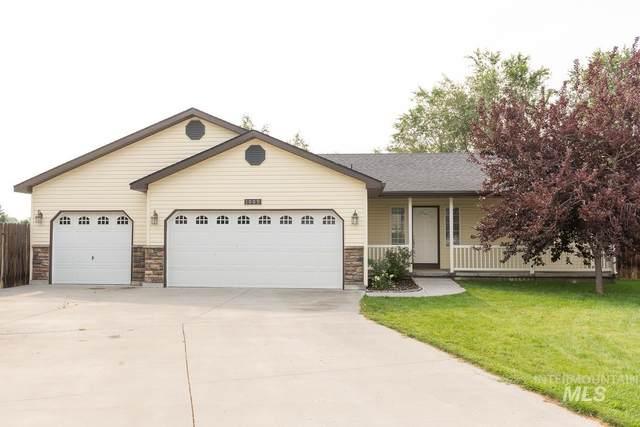 1089 NW Amanda Rae Court, Mountain Home, ID 83647 (MLS #98813560) :: Beasley Realty