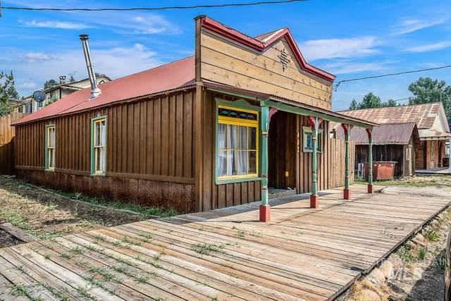 402 Montgomery St, Idaho City, ID 83631 (MLS #98813624) :: Jon Gosche Real Estate, LLC