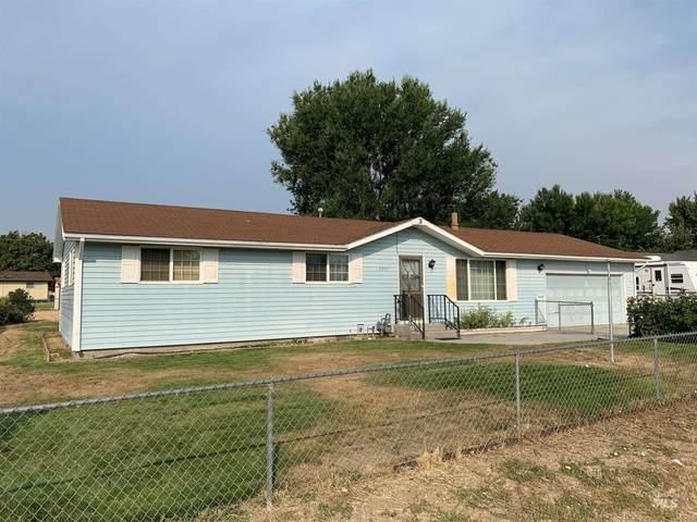 2395 Scenic Dr, Emmett, ID 83617 (MLS #98813645) :: Idaho Life Real Estate