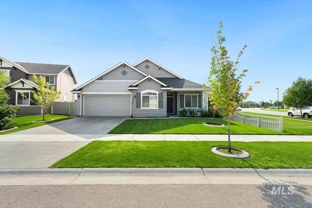 9344 S Copeland Way, Kuna, ID 83634 (MLS #98813654) :: Full Sail Real Estate