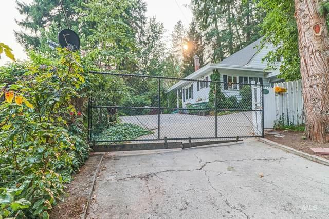 320 N D Street, Orofino, ID 83544 (MLS #98813690) :: Team One Group Real Estate